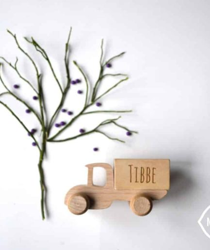 WOODEN TRUCK TOY - CUSTOMIZEABLE WITH NAME - KIDS / CHILDREN / TOYS